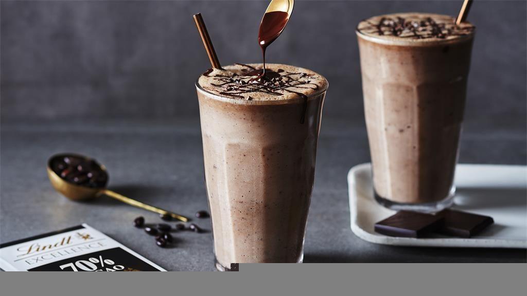 RECEPT: Energetski shake s čokoladom i kavom